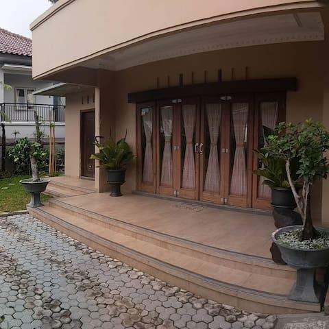 Hidden Villa Tawangmangu