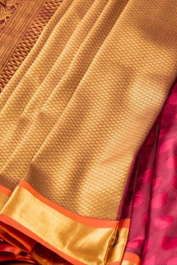 Silk saree- 6 or 9 yards