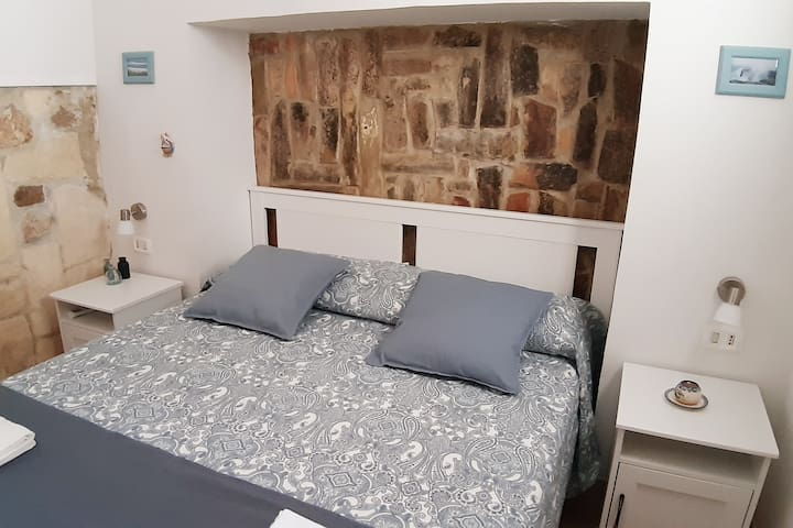 Cosy comfortable indipendent flat center Siracusa