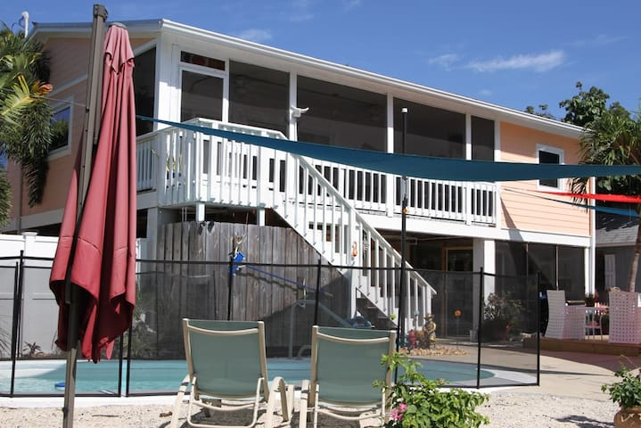 3 Bedroom Pool House On Cudjoe Key
