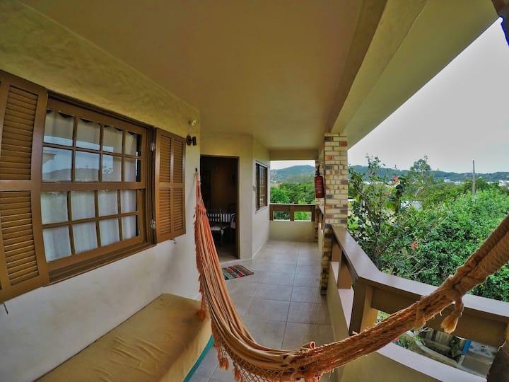 Apartamento 1 - 500 metros da Praia de Garopaba SC