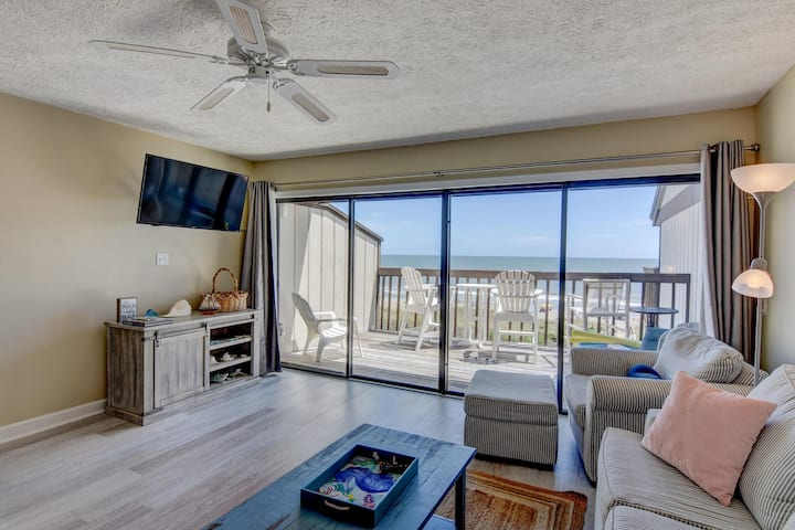 ☀️Seaside Sanctuary with Private Beach Access☀️