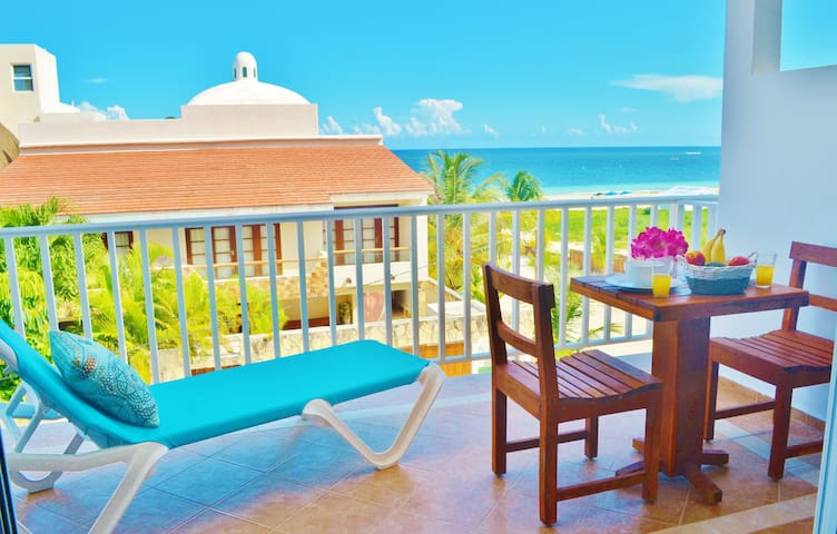 Incredible Sea View 1BR Apartment