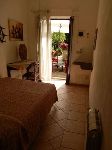 La CavolaiaB&B small room, entrance and private to - Acireale - Appartement