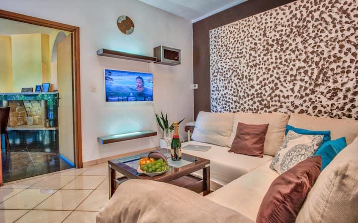 Spacious modern vacation house  Korkyra Oasis