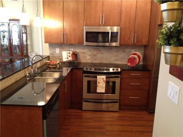 2bed 2bath fully furnished condo