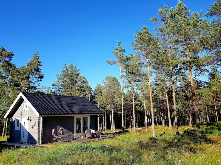 Ny stuga nära Vänern och Melleruds Golfbana.
