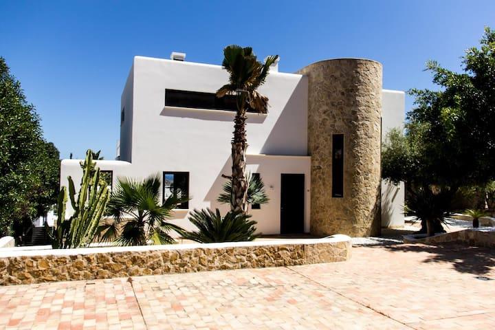Villa Luma in Vista Alegre