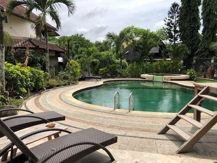 Legian Group Lodge Oak Villa Near Beach with Pool