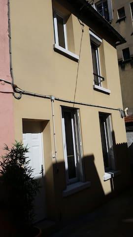 Maison à 10 metres de Paris