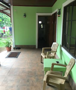 Private room with separate entrance - Little Corn