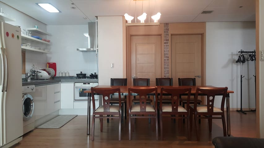 Apartment : Room 3 + Bath2 + Living + Kitchen - Seo-gu