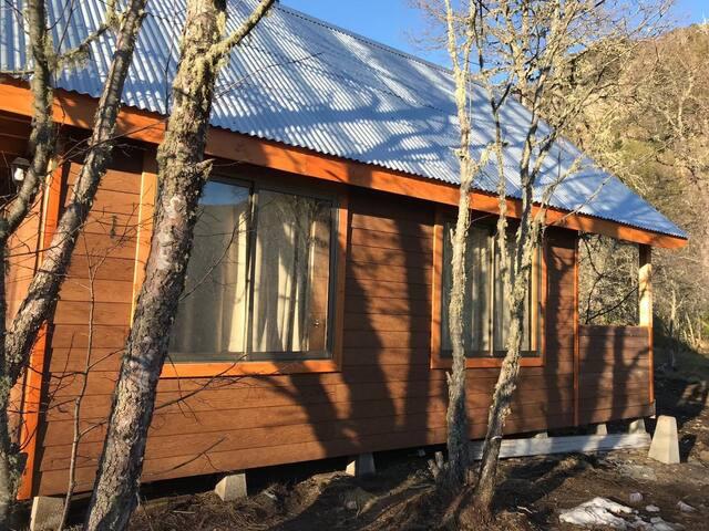 Nuevas cabañas Snow Village al pie de la montaña