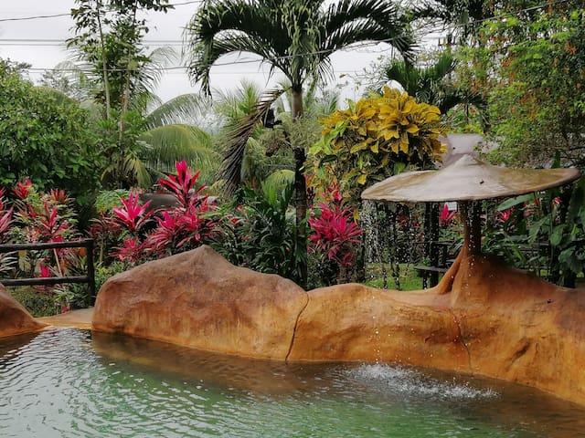 Agua hermosa Hot springs las mejores de la zona