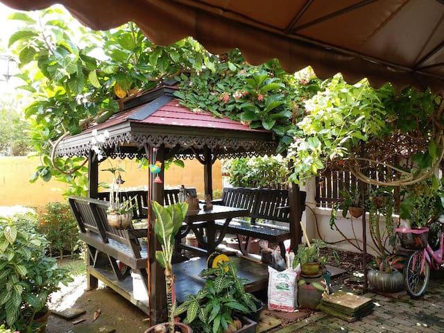 Garden relaxing area