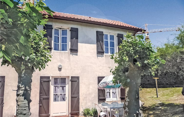 Terraced house with 3 bedrooms on 76m² in Anglet