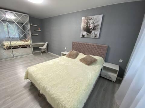 Новая современная 1-ком квартира на Кирова, Днепр