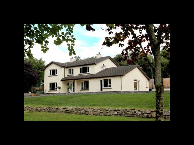 The Twelve Trees Lodge - Fermanagh - Bed & Breakfast