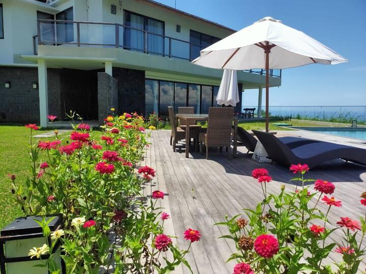 Luxury 3BR Villas Ocean View