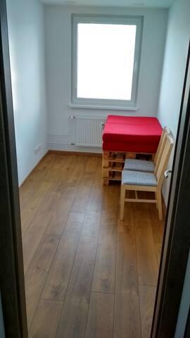 2x Spálňa (2x bedroom - 2x bed)