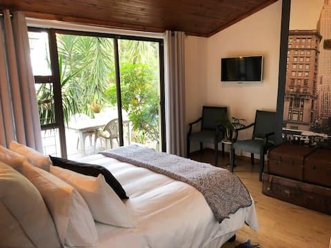The Wild Fig (2 bedroom suite)