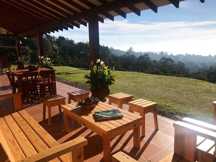 Altos de Guayacanes