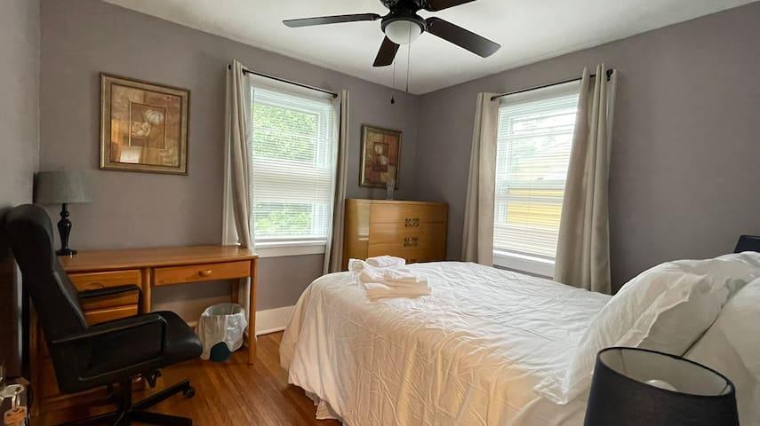 Bedroom 2, Ceiling fans, Work desk