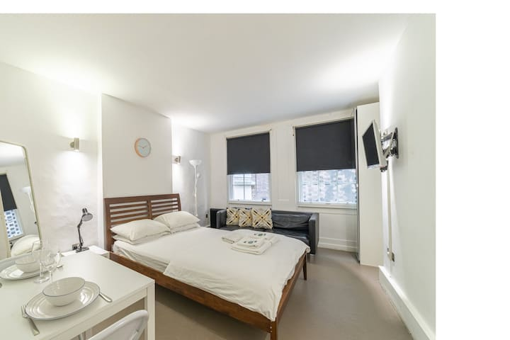 Stylish Private Room - Central Soho & Chinatown(B)