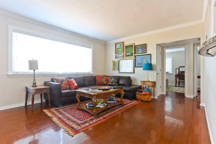 Heart of Coral Gables Charm & Luxury in one apt! - Coral Gables - Apartamento