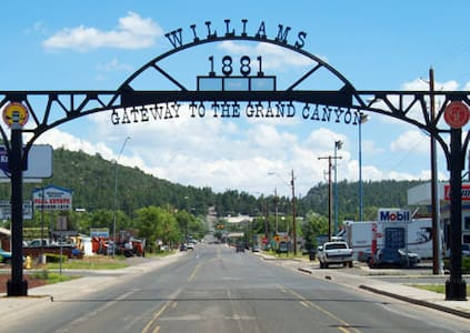 The Grand Canyon Destination - Williams