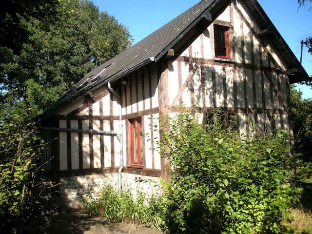 La Cloche - Genneville - Casa
