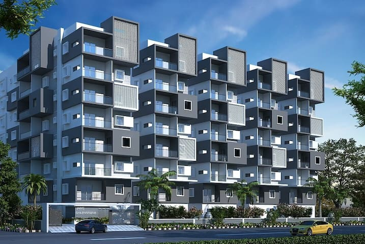 Spacious and new 3 Bedroom Apartment in Hitec City