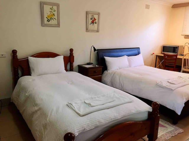 Self Contained Private Studio in Hornsby, Sydney