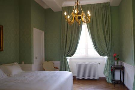 Chambre verte - Château du Bocage - Villers-Bocage - Linna