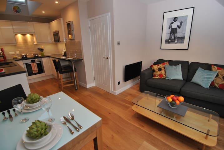 9 Alexandra Court - Windsor - Apartment