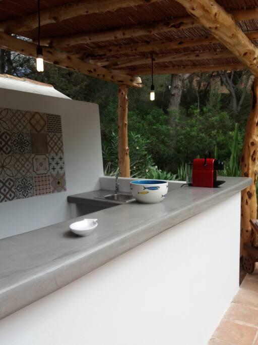 Bar Piscine avec lave vaisselle
