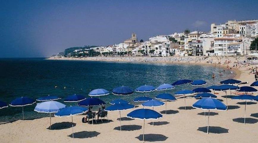 MyRentalHost Guide to Sant Pol de Mar