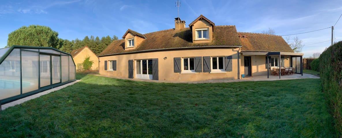Maison de campagne type cottage, charme et confort