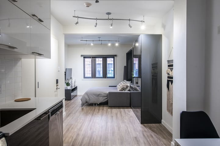 Ideal Studio in Heart of Downtown