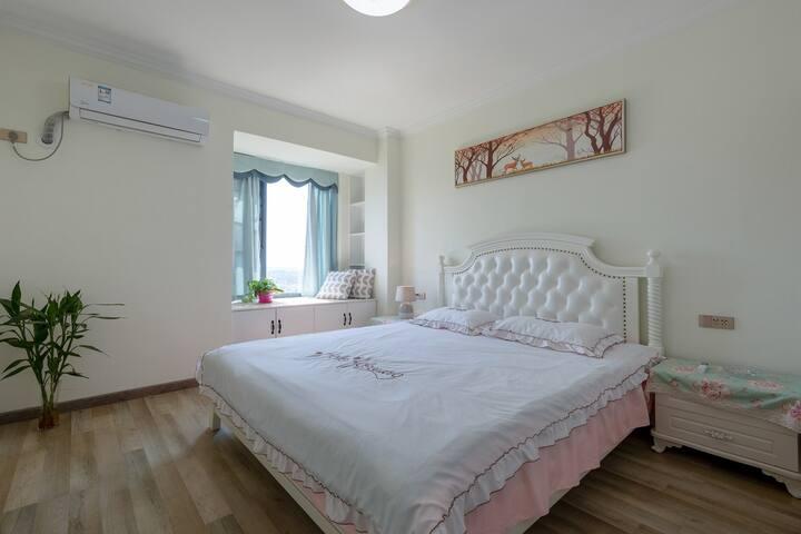 全新北欧风格二居,欧式大床房,温馨浪漫!