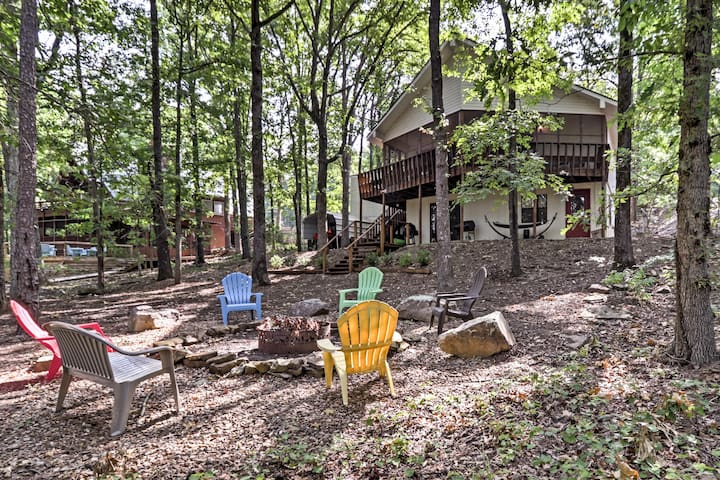 NEW! Waterfront Home w/ Deck - 5 Miles to Marina!