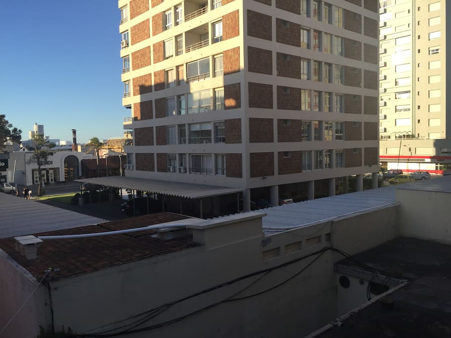 Vista desde la ventana principal del apartamento.
