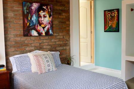 OPEN/ABIERTO: Deluxe Room, Common Terrace &Garden❤