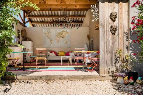 "Provencal farmhouse with pool near Avignon ""Alpilles"""