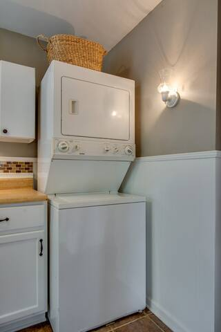 Pack light: there's laundry in your unit!