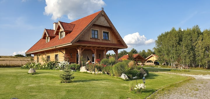 Oaza prywatności i ciszy. Drewniany dom na Jurze.