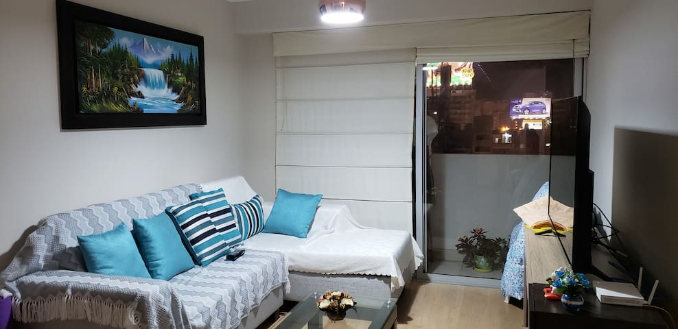 Beautiful room very close to kennedy park.