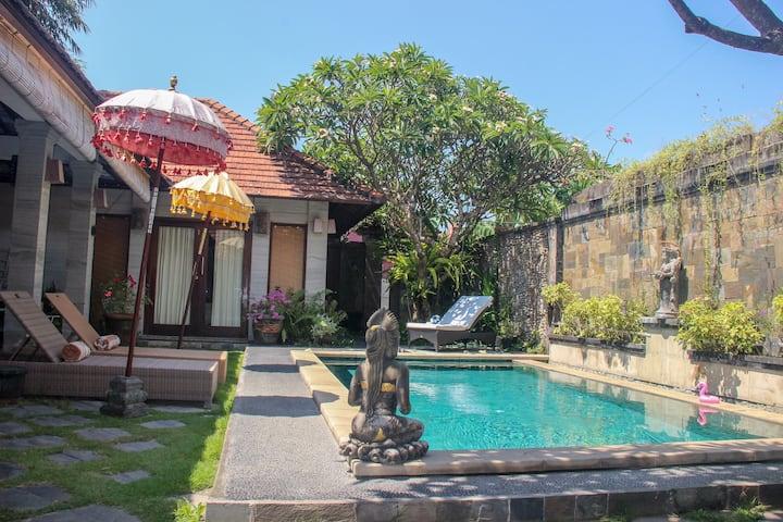 OASIS Balinese Villa