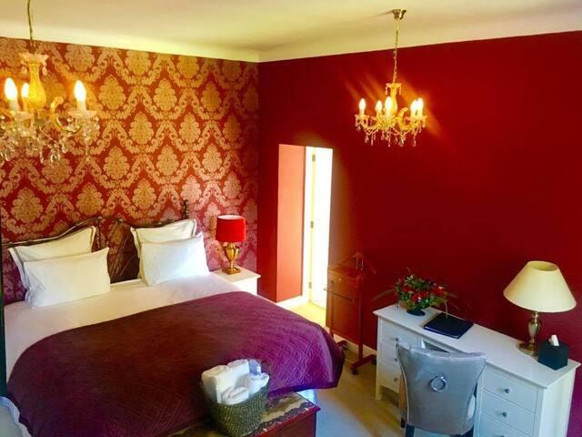 Bardney Hall/Red Room