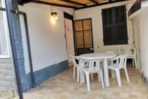 Mercede 34 Small Villa